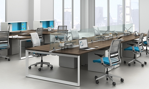 办公桌应该怎么办公椅?